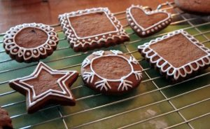 gingerbread-outlines